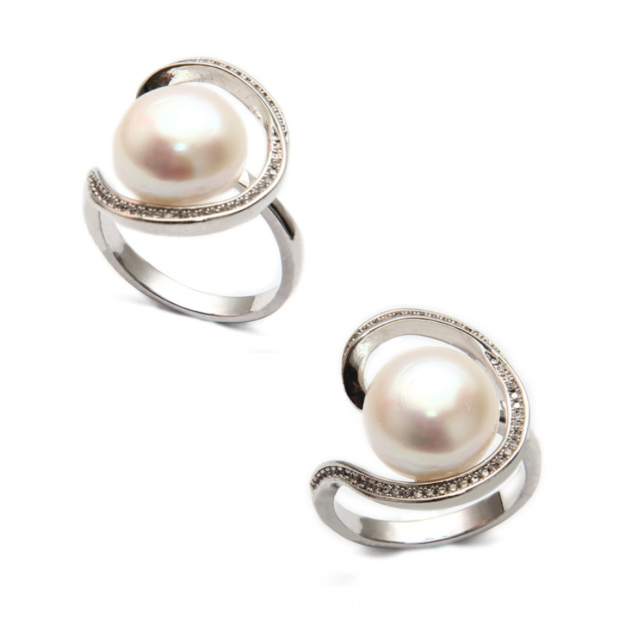 Fresh Water Pearl Curve CZ Ring