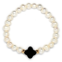 Fresh Water Pearl With Black Agate Clover Bracelet