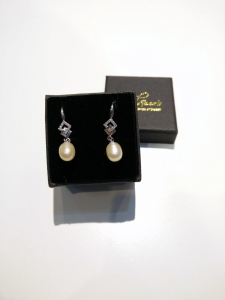 Assorted FWP Alloy Earring-Beige
