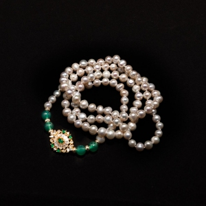 Pearl Necklace with Green Agate Zirconia Connector